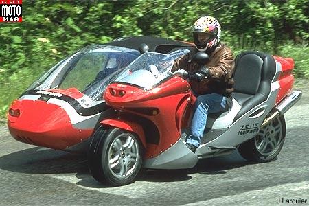 side bike zeus 2000 cm3 moto magazine leader de l actualit de la moto et du motard. Black Bedroom Furniture Sets. Home Design Ideas