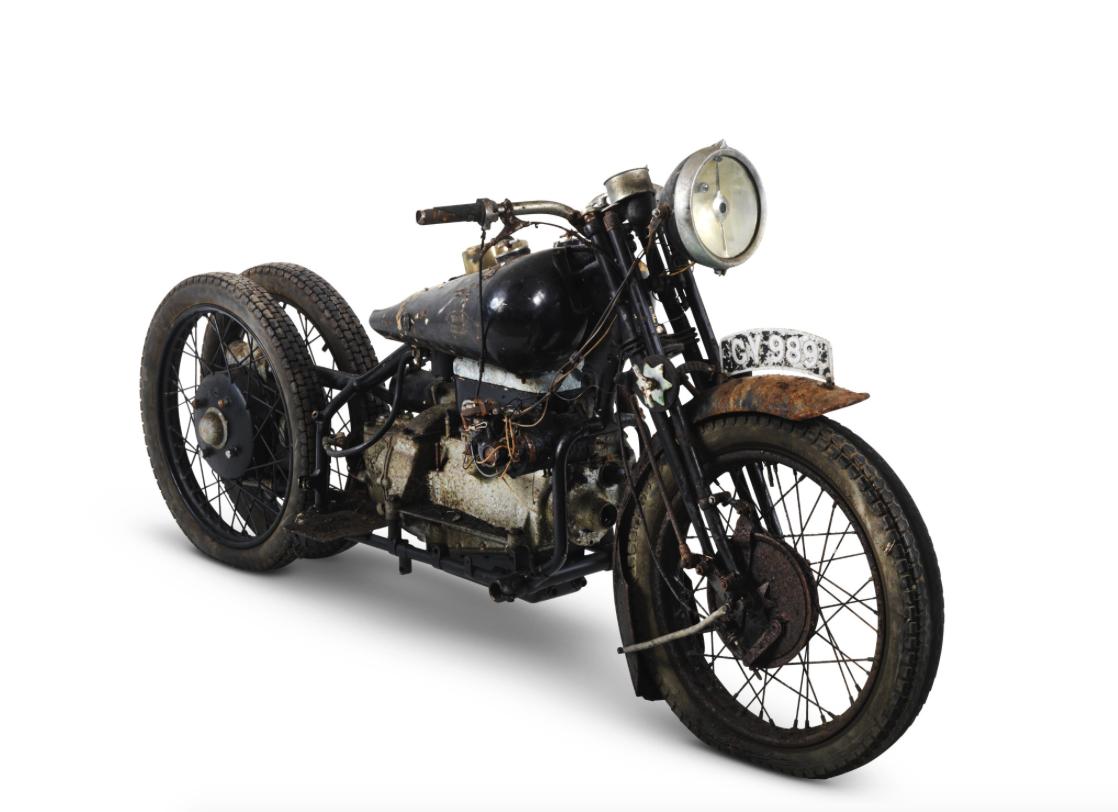 Record de vente aux ench res pour des motos brough for Maison de la moto belle rose