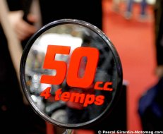 Salon moto de Paris : les cyclomoteurs de 50 (...)