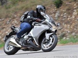 honda vfr 1200 dct moto magazine leader de l actualit de la moto et du motard. Black Bedroom Furniture Sets. Home Design Ideas