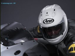 Casque Arai RX-7 GP : encore plus racing !