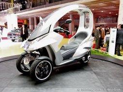 paris mondial peugeot fait aussi son trois roues moto magazine leader de l. Black Bedroom Furniture Sets. Home Design Ideas