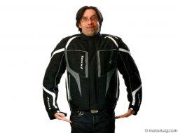 e71bbacfc48 Bien choisir son blouson moto textile - Moto Magazine - leader de l ...