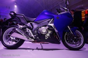 Milan - Honda 1200 VFR : l'antipatinage pour (...)