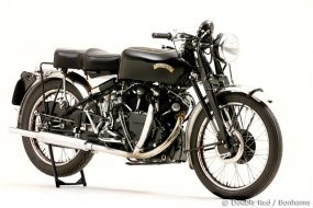 Une Vincent Black Shadow 1952 se vend 113.500 (...)