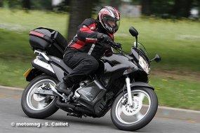 honda varadero 125 travel edition moto magazine leader de l actualit de la moto et du motard. Black Bedroom Furniture Sets. Home Design Ideas