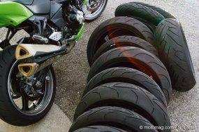test conso sur circuit 6 pneus sportifs sous la pluie et moto magazine leader de l. Black Bedroom Furniture Sets. Home Design Ideas