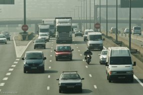 Pollution : un rapport enterre la moto
