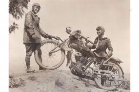 En 1916, la première traversée féminine à moto des USA Arton36691-8a42e