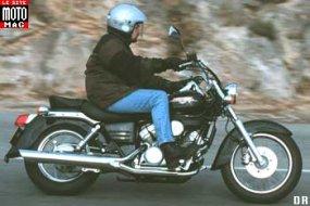 honda 125 shadow moto magazine leader de l actualit de la moto et du motard. Black Bedroom Furniture Sets. Home Design Ideas
