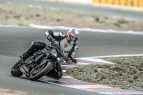 Essai Triumph Speed Triple 1050 RS : le vent du boulet (...)