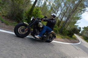 Essai Harley-Davidson 1800 Softail Slim S, comme small (...)