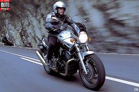 yamaha 1100 bt bulldog moto magazine leader de l actualit de la moto et du motard. Black Bedroom Furniture Sets. Home Design Ideas
