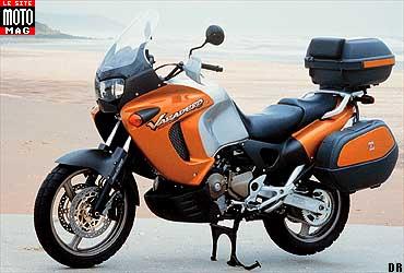 honda 1000 varadero moto magazine leader de l actualit de la moto et du motard. Black Bedroom Furniture Sets. Home Design Ideas