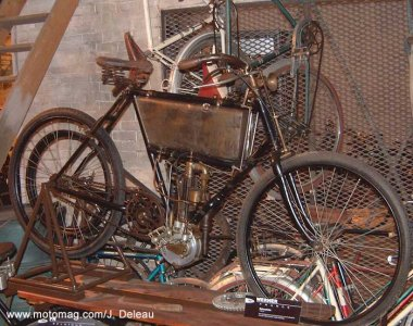 La motocyclette, invention russe.