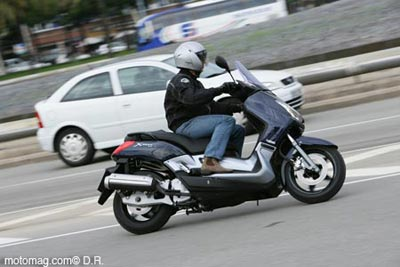 la moto avec le permis b formation obligatoire motomag le site de moto magazine. Black Bedroom Furniture Sets. Home Design Ideas