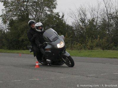 formation moto post permis afdm savoir se remettre en moto magazine leader de l. Black Bedroom Furniture Sets. Home Design Ideas