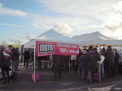 1re course VMA side 2012 : stand LMAP/Moto Mag