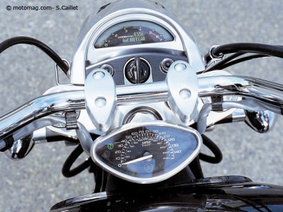 Yamaha XV 1700 Roadstar Warrior : chrome à bord