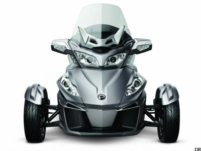 Can-Am Spyder RT : face avant