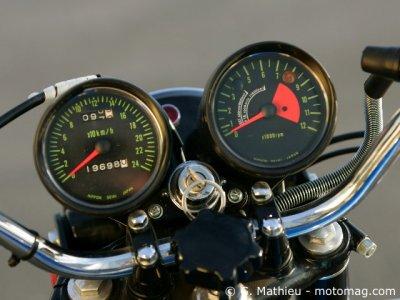 kawasaki 750 h2 mach iv moto magazine leader de l actualit de la moto et du motard. Black Bedroom Furniture Sets. Home Design Ideas