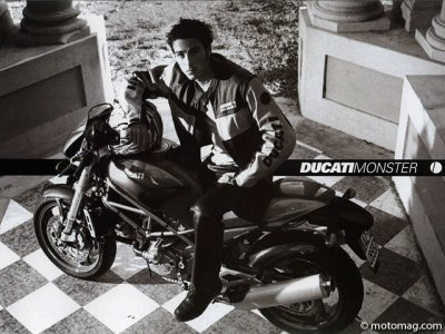 Ducati Mostro : communication