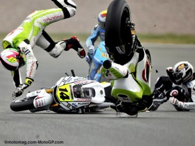 DVD MotoGP saison 2010 crash spectaculaire