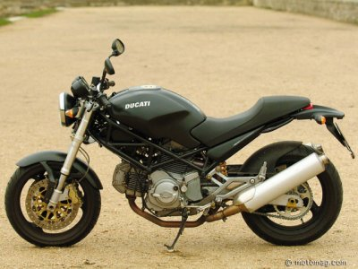 Ducati 620 Monster : version Dark