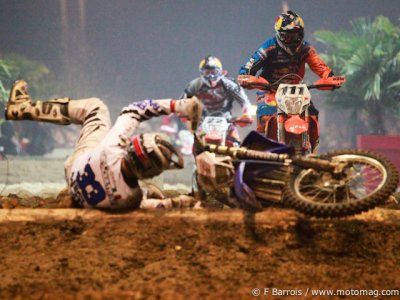 SuperEnduro de Tours : grosse gamelle !