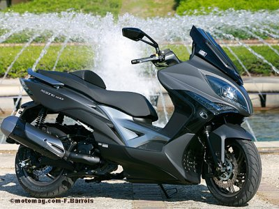 Kymco Xciting 400i : une bulle très basse