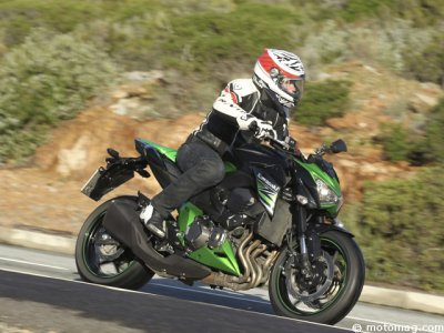 Kawasaki Z 800 : en action, la suspension progresse !