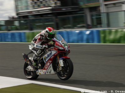 WSBK Magny-Cours : Guigliano dans le top 5