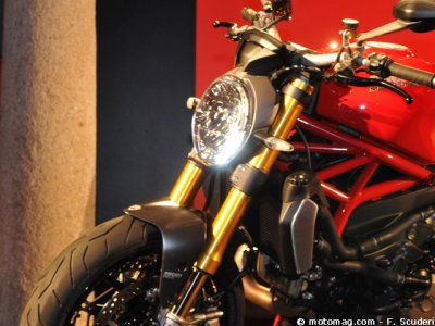 Ducati Monster 1200 : fourche
