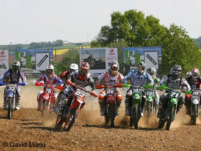 MX de Plomion : Départ de la manche qualificative MX2