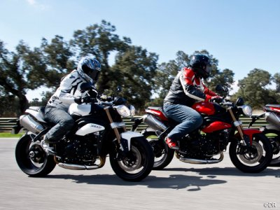 Triumph Speed Triple 1050 : attitude