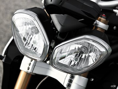 Triumph Speed Triple 1050 : yeux de biche