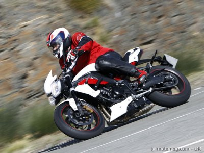 Triumph 675 Street Triple R 2013 : tenue impeccable