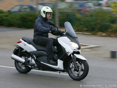 yamaha x max 250 moto magazine leader de l actualit de la moto et du motard. Black Bedroom Furniture Sets. Home Design Ideas