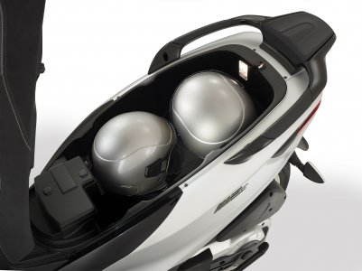 Piaggio MP3 500 Sport : soute plus pratique