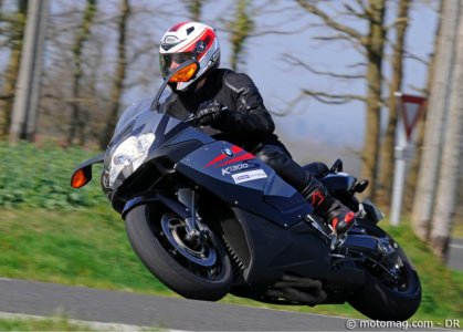 Test Michelin Pilot Road 3 : essai... sec