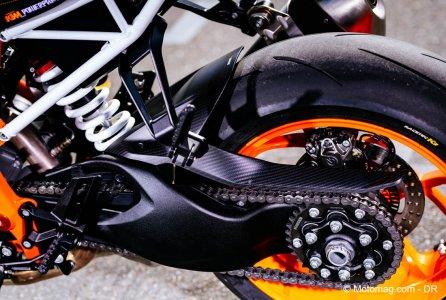 ktm 1290 super duke r 2017 le roadster hypersport moto magazine leader de l actualit de. Black Bedroom Furniture Sets. Home Design Ideas