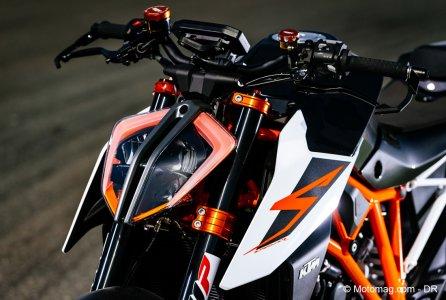 ktm 1290 super duke r 2017 le roadster hypersport moto magazine leader de l. Black Bedroom Furniture Sets. Home Design Ideas