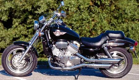 honda 750 vfc moto magazine leader de l actualit de la moto et du motard. Black Bedroom Furniture Sets. Home Design Ideas