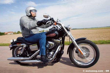 Harley-Davidson 1584 Dyna Low Rider : born to be wild