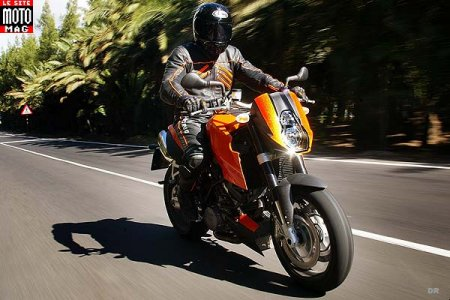 KTM 990 Super Duke : virage