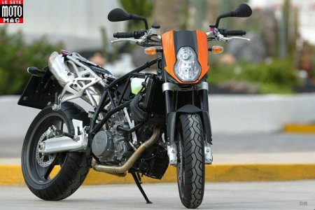 KTM 990 Super Duke : ludique