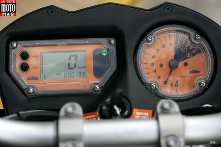 KTM 990 Super Duke : tableau de bord