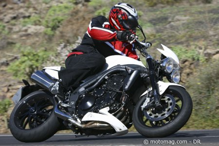 Triumph Speed Triple : freins et courbes