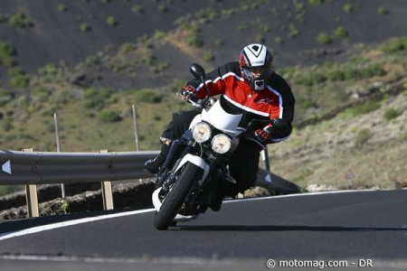 Triumph Speed Triple 1050 : changement