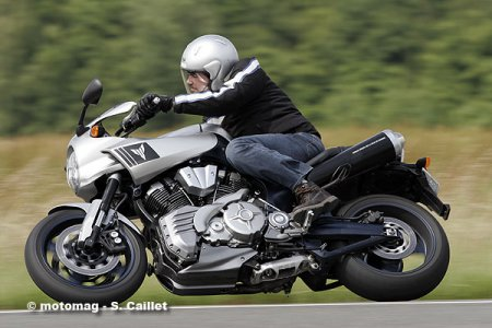 Yamaha MT-OS : position